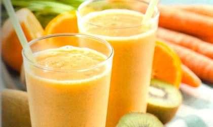 Tres smothies con naranja antioxidantes