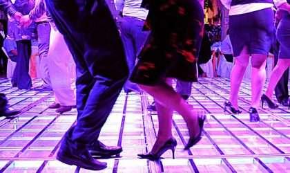 4 beneficios de bailar diariamente