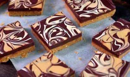Barras veganas con mantequilla de cacahuate y chocolate