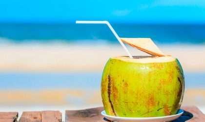 Batido de agua de coco para disminuir la presión arterial