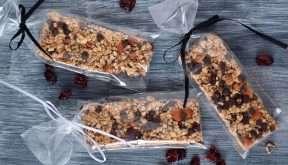 Reduce medidas con estas barras de pistachos y granola