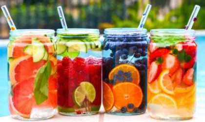 Reemplaza tus bebidas gaseosas con una deliciosa agua saborizada