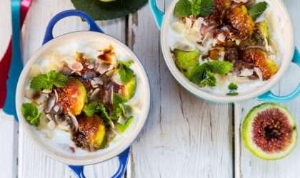 Higos a la parrilla en yogur y glaseado balsámico