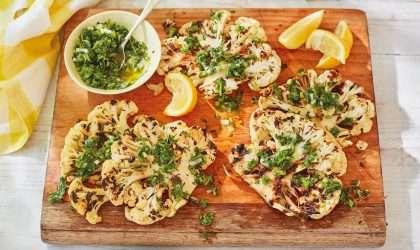 Filetes de coliflor en salsa de hierbas