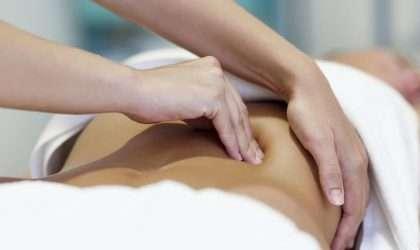 5 Hábitos diarios para prevenir la hinchazón