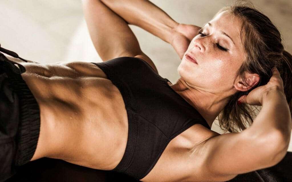 ejercicios para los rollitos del abdomen